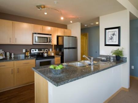 State-of-the-Art Kitchen | Apartments For Rent In Portland Oregon | Riva on the Park