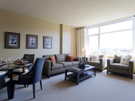 Luxurious Living Area | Studio Apartment In Portland Oregon | Riva on the Park