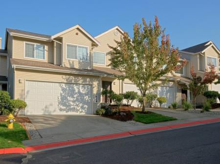 Apartment In Renton WA | Springbrook Apartments