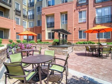 Outdoor Seating | Cielo Apartments