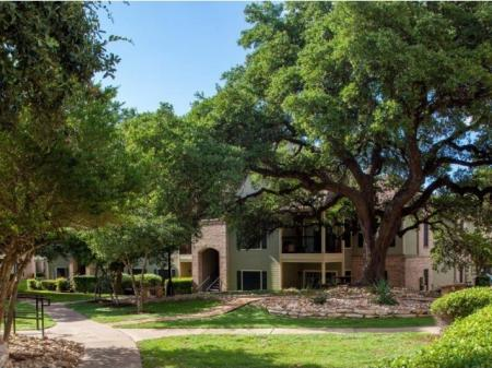 One Bedroom Apartments Austin | The Village at Gracy Farms