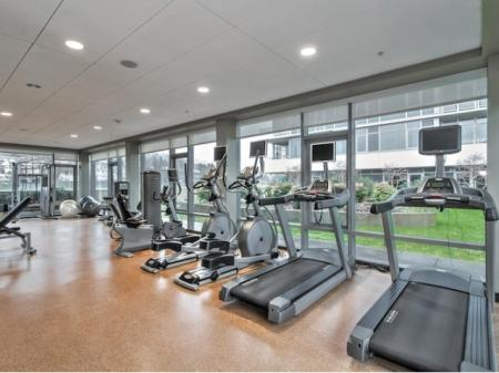 Cutting Edge Fitness Center | Apartments In Portland Oregon | Riva on the Park