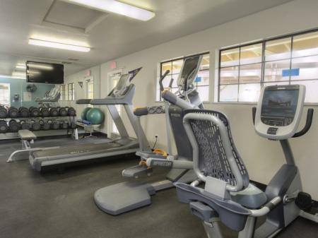 Cutting Edge Fitness Center | Apartments For Rent Davis CA | The Edge