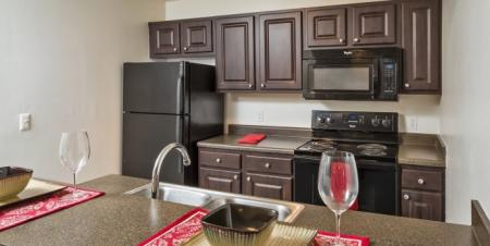 State-of-the-Art Kitchen   Orlando Apartments For Rent   Parks @ Hunter's Creek