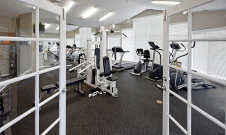 Cutting Edge Fitness Center | Hillsboro Oregon Apartments | Jackson School Village