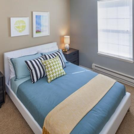 Luxurious Bedroom | Apartments In Vancouver WA | Village at Cascade Park