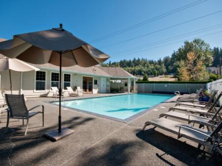 Resort Style Pool | Apartment For Rent In Renton WA | Springbrook Apartments