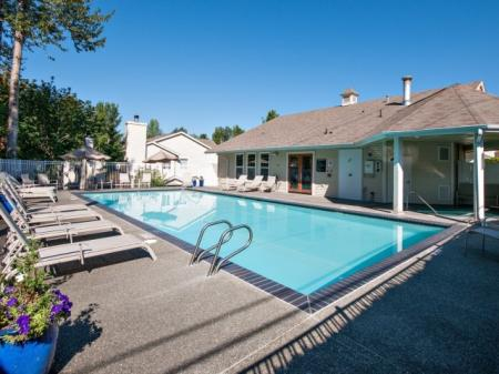 Swimming Pool | Apartments In Renton | Springbrook Apartments