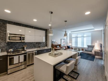 State-of-the-Art Kitchen | Apartments Bethesda | Pallas at PikeRose