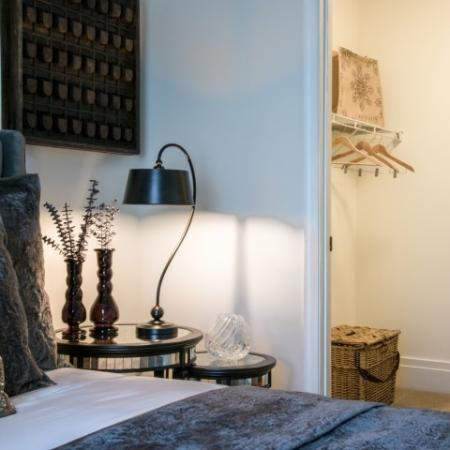 Residents in the Bedroom | North Bethesda Apartments | Pallas at PikeRose