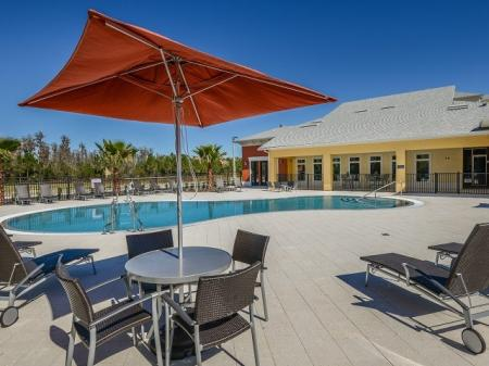 Swimming Pool | Apartments For Rent In Orlando FL |
