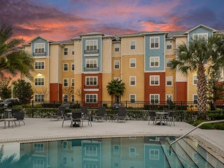 Heated Pool | Apartments For Rent In Orlando Florida |