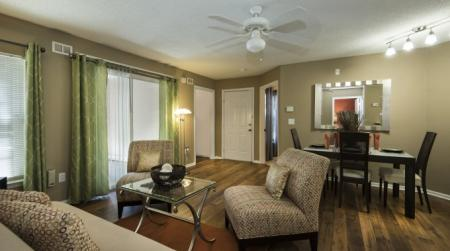 Elegant Living Room | Apartments In Orlando | Belmont at Park Central