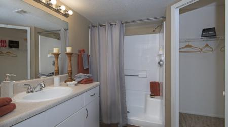 Elegant Bathroom | Orlando Apartments | Belmont at Park Central