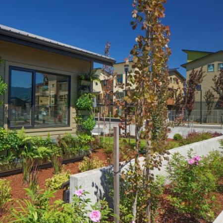 Apartment Homes in Eugene | Tennyson at Crescent Village3