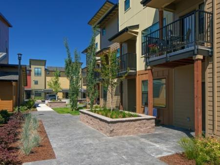 Apartment Homes in Eugene | Tennyson at Crescent Village4