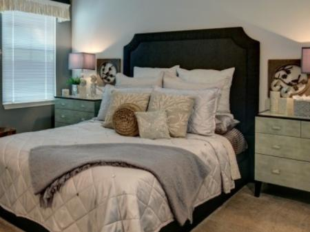 Luxurious Bedroom | Apartments In Winter Garden FL |