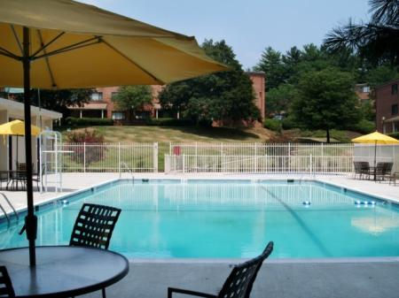 Heated Pool | Silver Spring Apartment | Rollingwood