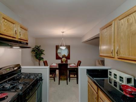 Luxurious Kitchen | Luxury Apartments Silver Spring | Rollingwood