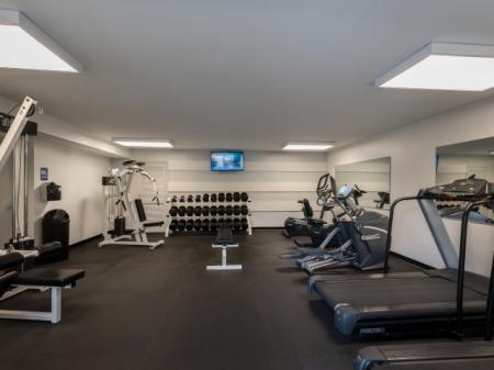 Cutting Edge Fitness Center | Silver Springs Apt | Rollingwood