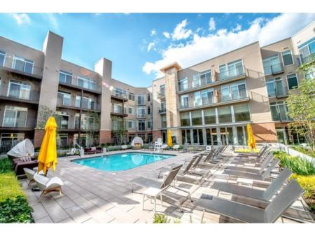Swimming Pool | Apartments North Bethesda | PerSei