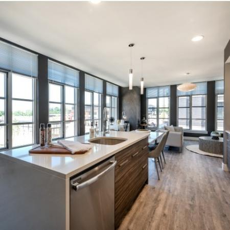 North Bethesda Apartment Community   Apartments In North Bethesda MD   The Henri