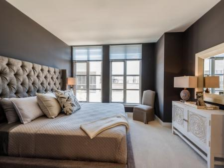 North Bethesda Luxury Apartments | The Henri