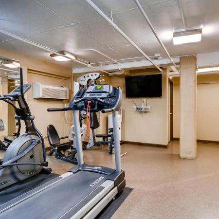 Resident Fitness Center | Apartment Homes In Portland | Park Plaza