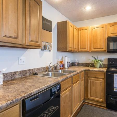 Elegant Kitchen | Apartments in Junction City | Patriot Pointe Townhomes