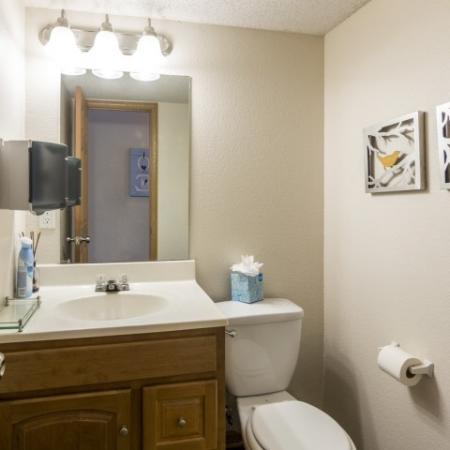 Spacious Bathroom | Apartment Homes In Junction City | Patriot Pointe Townhomes