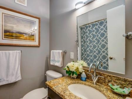 Luxurious Bathroom   Apartments For Rent In Bethesda Maryland   Upstairs at Bethesda Row