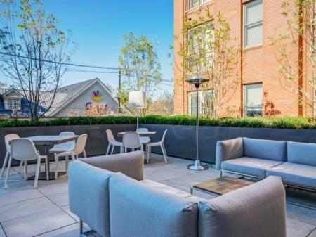 Resident Sun Deck   Luxury Apartments In Bethesda   Upstairs at Bethesda Row