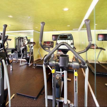 State-of-the-Art Fitness Center | Apartments In Kennesaw | Greenhouse Apartments