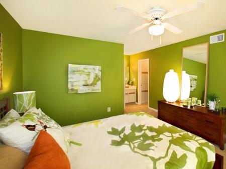 Elegant Bedroom | Apartment Kennesaw | Greenhouse Apartments