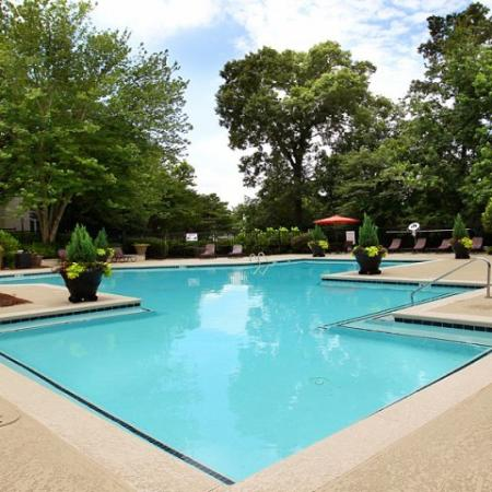 Swimming Pool | Apartments In Kennesaw | Greenhouse Apartments