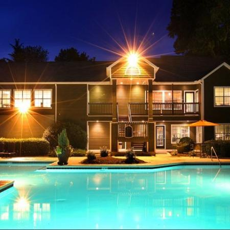 Resort Style Pool 1 | Apartments In Kennesaw GA | Greenhouse Apartments