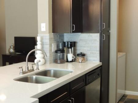 Apartments in Northwest Houston TX kitchen with modern appliances