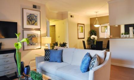 Living Room at Retreat at Westchase