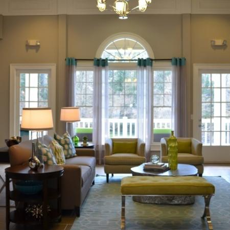 Dunwoody Place Apartments Living Room