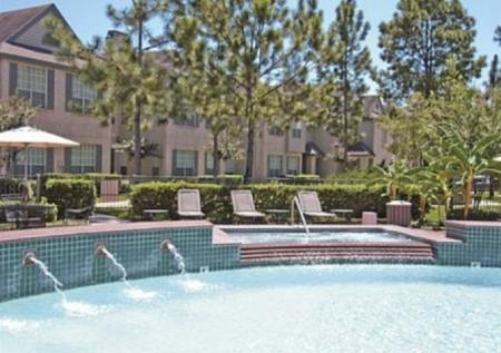 Swimming Pool at Chartwell Court Apartments 2