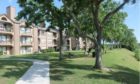 Apartments in Houston For Rent | Reserve at Windmill Lakes