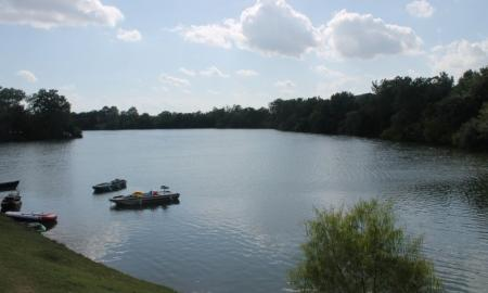 Houston Apartment Community | Reserve at Windmill Lakes