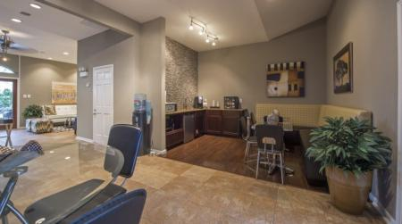 Apartments in Houston Texas | The Inverness