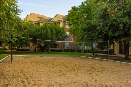 Apartments in Fort Worth For Rent | The Lodge at River Park Apartments 2