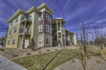 Apartment Homes in Northglenn | Carrick Bend