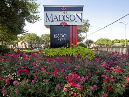 Apartment Homes in Dallas | The Madison2
