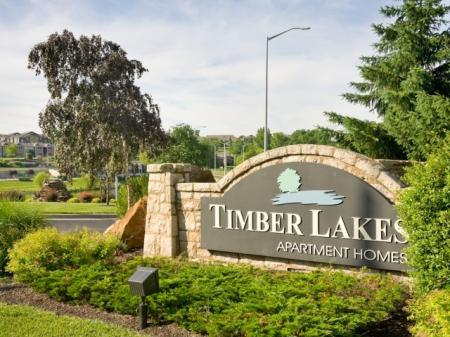 Apartments in Kansas City For Rent | Timber Lakes at Red Bridge