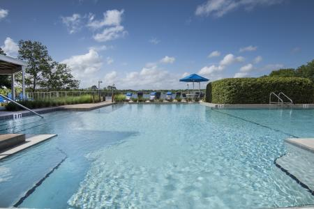Swimming Pool | Apartment For Rent Altamonte Springs FL | Lakeshore at Altamonte Springs