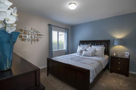 Elegant Master Bedroom | Apartments For Rent Altamonte Springs | Lakeshore at Altamonte Springs