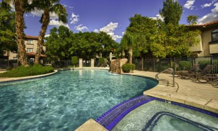 Swimming Pool | Luxury Apartments Tempe | The Palms on Scottsdale